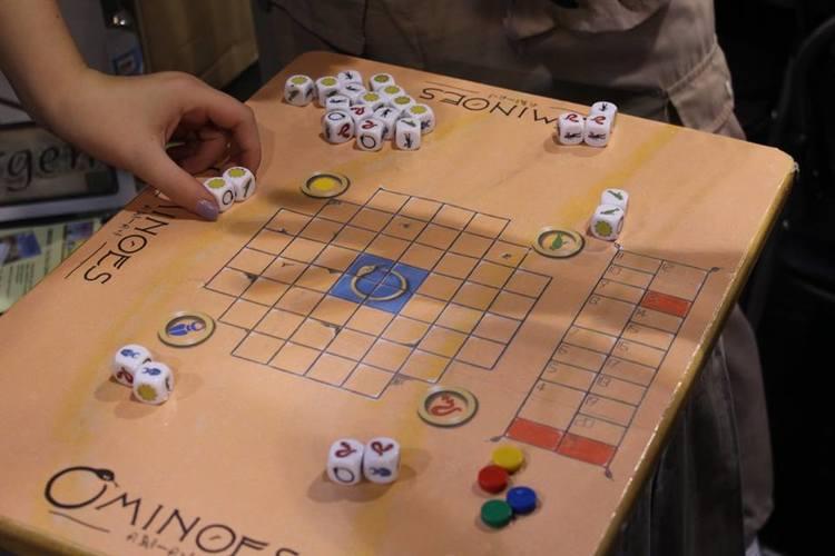 Spiel 2016 Ominoes