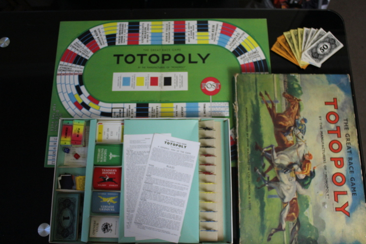 Totopoly components
