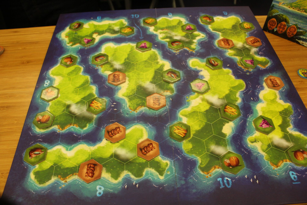 Blue Lagoon - A closer look at the board layout.