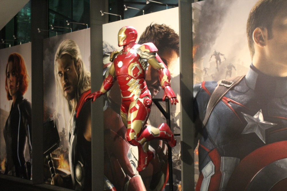 Iron Man - Even super heroes like games!
